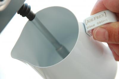 Baristazubehör Milchkännchen mit Teflon-Perlbeschichtung weiss